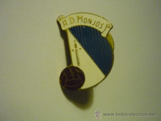 PIN FUTBOL AD MONJOS (Coleccionismo Deportivo - Pins de Deportes - Fútbol)