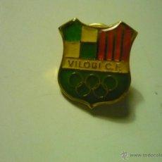 Coleccionismo deportivo: PIN FUTBOL VILOBI CF. Lote 39972319