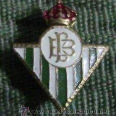 Coleccionismo deportivo: PIN DE IMPERDIBLE DEL REAL BETIS. Lote 40649807