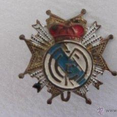 Coleccionismo deportivo: INSIGNIA O PIN DEL R. MADRID. Lote 41142708