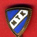 Coleccionismo deportivo: PIN FUTBOL ,MTK , M.T.K. DE HUNGRIA , ESMALTE, PEQUEÑO , AGUJA , ORIGINAL ,F1. Lote 43239812