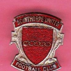 Coleccionismo deportivo: INSIGNIA SCUNTHORPE UNITED. FOOTBALL CLUB. CLUB DE FUTBOL INGLÉS.. Lote 43626906
