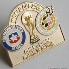 Colecionismo desportivo: PIN DE FUTBOL COPA MUNDIAL SUDAFRICA 2010 WORLD CUP PARTIDO ESPAÑA CHILE SELECCION ESPAÑOLA. Lote 46398409