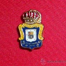 Coleccionismo deportivo: PIN INSIGNIA DE SOLAPA OJAL ANTIGUO.ESMALTADO ORIGINAL.UD LAS PALMAS. FUTBOL VINTAGE.. Lote 47017280