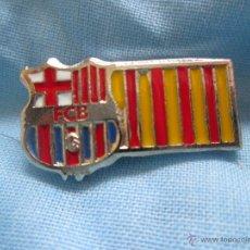 Coleccionismo deportivo: PIN F C BARCELONA BANDERA CATALUÑA CATALUNYA. Lote 47502513