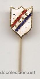 ARGENTINA. INSIGNIA DEL CLUB ATLÉTICO DEPORTIVO PARAGUAYO (Coleccionismo Deportivo - Pins de Deportes - Fútbol)