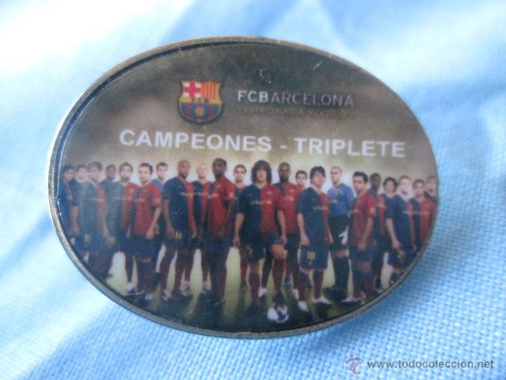PIN F C BARCELONA BARÇA TRIPLETE (Coleccionismo Deportivo - Pins de Deportes - Fútbol)