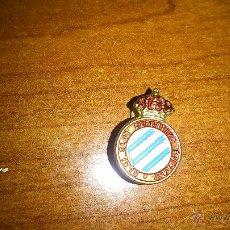 Coleccionismo deportivo: ANTIGUO PIN DEL R.C.D ESPAÑOL - ESPANYOL - AÑOS 80. Lote 49158636