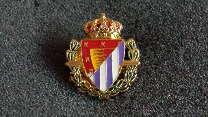 pin escudo equipo futbol real valladolid  Comprar Pins de Ftbol