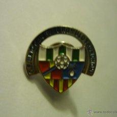 Coleccionismo deportivo: PIN FUTBOL UNIO CAN RULL ROMULO TRONCHON .-FED.CATALANA. Lote 49592404