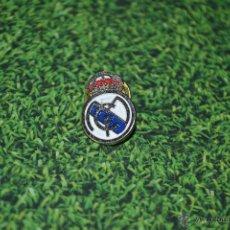Coleccionismo deportivo: PIN REAL MADRID. Lote 50073003