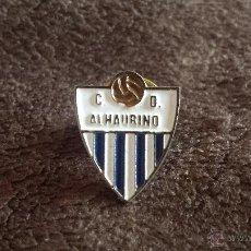 Coleccionismo deportivo: PIN ESCUDO EQUIPO FUTBOL CLUB DEPORTIVO ALHAURINO(CLUB DE ALHAURÍN EL GRANDE MALAGA). Lote 50476148
