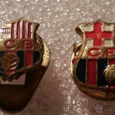Coleccionismo deportivo: DOS INSIGNIAS DEL FCB YCFB. Lote 52435685