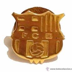 Coleccionismo deportivo: INSIGNIA BARÇA FUTBOL CLUB BARCELONA F.C.B DE ORO 18 K. Lote 50453010
