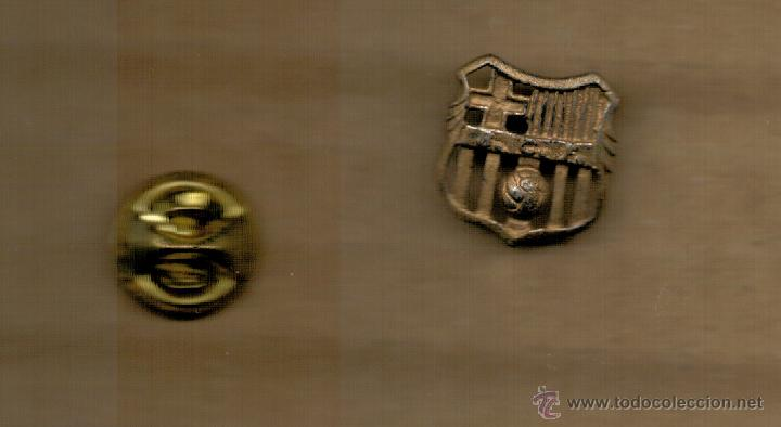 Coleccionismo deportivo: PIN INSIGNIA - C.F. BARCELONA - SIGLAS BCF - - Foto 2 - 52744687