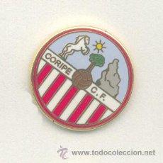 Coleccionismo deportivo: PIN - INSIGNIA DE FÚTBOL. ANDALUCÍA. CORIPE CF (CORIPE, SEVILLA). ESMALTADO. Lote 52937129