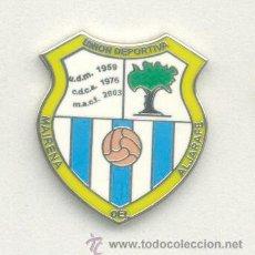 Coleccionismo deportivo: PIN DE FÚTBOL. ANDALUCÍA. UD MAIRENA DEL ALJARAFE (MAIRENA DEL ALJARAFE, SEVILLA). ESMALTADO. Lote 52937345