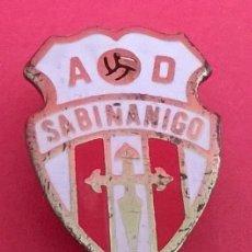 Coleccionismo deportivo: INSIGNIA DE SOLAPA, AD. SABIÑANIGO, IDEAL PARA COLECCIONISTAS. Lote 50524502