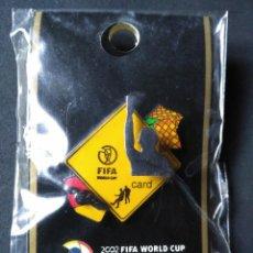 Coleccionismo deportivo: PIN ORIGINAL JAPONES - 2002 FIFA WORLD CUP KOREA JAPAN - MUNDIAL FUTBOL COREA JAPON VER FOTOS. Lote 54559471