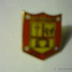 Coleccionismo deportivo: PIN FUTBOL CRISTO POBRE CD. Lote 55000606