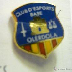 Coleccionismo deportivo: PIN FUTBOL C.E.BASE OLERDOLA. Lote 55000659
