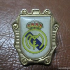 Coleccionismo deportivo: PIN REAL MADRID. Lote 76870313