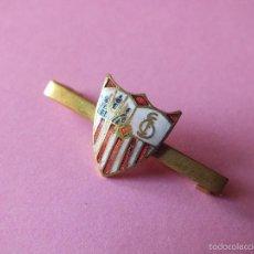 Coleccionismo deportivo: SEVILLA CLUB DE FUTBOL ANTIGUA INSIGNIA PIN DE AGUJA. Lote 56534265
