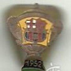 Coleccionismo deportivo: (P-269)ANTIGUA INSIGNIA DE OJAL C.F.BARCELONA CAMPEON COPA GENERALISIMO 1952. Lote 57009676
