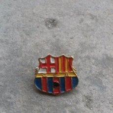Coleccionismo deportivo: ANTIGUO IMPERDIBLE - PIN DEL C. F. B. CLUB DE FUTBOL BARCELONA. Lote 57027061