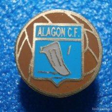 Coleccionismo deportivo: ANTIGUA INSIGNIA DE IMPERDIBLE - ALAGÓN CLUB DE FUTBOL - C. F. - ARAGON - ZARAGOZA -. Lote 57941083