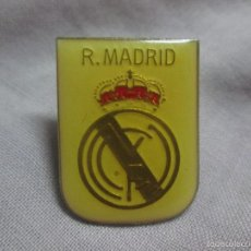 Coleccionismo deportivo: PIN REAL MADRID. Lote 58557459