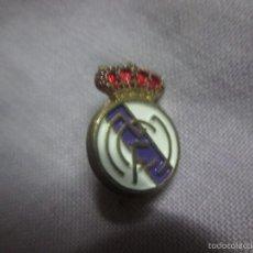 Coleccionismo deportivo: PIN TIPO INSIGNIA AGUJA REAL MADRID. Lote 58557464