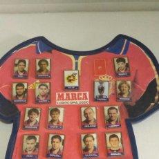 Coleccionismo deportivo: COLECCIÓN DE PINS DE FUTBOL EUROCOPA 2000 CON ALBUN PORTA PINS. Lote 63458976