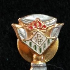 Coleccionismo deportivo: PIN INSIGNIA AGUJA OJAL REAL BETIS .. Lote 64372851