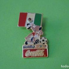 Coleccionismo deportivo: PIN DE FÚTBOL SELECCIÓN DE MEXICO MUNDIAL USA 94 DE COCA COLA LOTE 5. Lote 65854322