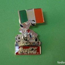 Coleccionismo deportivo: PIN DE FÚTBOL SELECCIÓN DE IRLANDA MUNDIAL USA 94 DE COCA COLA LOTE 5. Lote 65854366