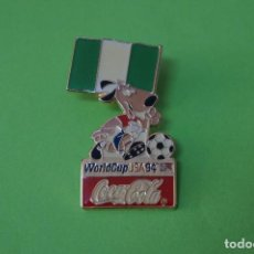 Coleccionismo deportivo: PIN DE FÚTBOL SELECCIÓN DE NIGERIA MUNDIAL USA 94 DE COCA COLA LOTE 5. Lote 65854446