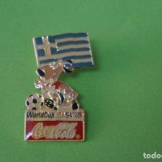 Coleccionismo deportivo: PIN DE FÚTBOL SELECCIÓN DE GRECIA MUNDIAL USA 94 DE COCA COLA LOTE 5. Lote 65854602