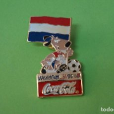 Coleccionismo deportivo: PIN DE FÚTBOL SELECCIÓN DE HOLANDA MUNDIAL USA 94 DE COCA COLA LOTE 5. Lote 65854902