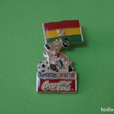 Coleccionismo deportivo: PIN DE FÚTBOL SELECCIÓN DE BOLIVIA MUNDIAL USA 94 DE COCA COLA LOTE 5. Lote 65855170