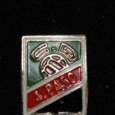 Colecionismo desportivo: CANARIAS B1 PIN INSIGNIA ALFILER OJAL LAS PALMAS TENERIFE NO FUTBOL CLUB FC BARCELONA F.C BARÇA CF. Lote 66220098