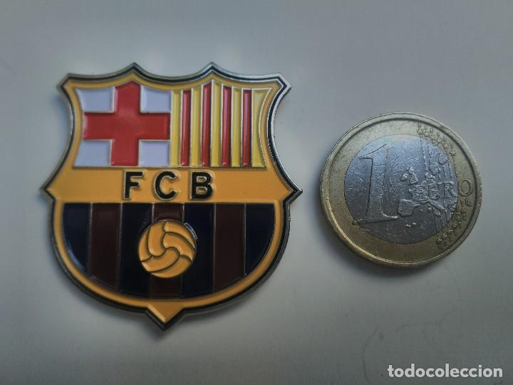 PIN - ESCUDO EQUIPO DE FUTBOL - TAMAÑO GRANDE - F.C.B. - FUTBOL CLUB  BARCELONA ( 02804c02638