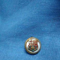 Coleccionismo deportivo: PIN TIPO INSIGNIA DE AGUJA TIPO IMPERDIBLE F C BARCELONA BARÇA. Lote 97440374