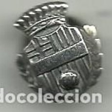 Coleccionismo deportivo: (P-278) INSIGNIA DE PLATA AGRUPACIO ANTICS JUGADORS F.C.BARCELONA 1899 - 1922. Lote 97930187
