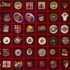 Coleccionismo deportivo: COLECCIÓN DE 2196 PINS DEL FUTBOL CLUB BARCELONA. FCB.. Lote 98851695