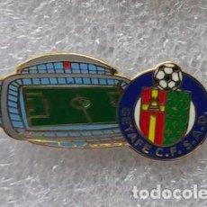 Coleccionismo deportivo: PIN ESMALTADO DEL ESTADIO COLISEUM ALFONSO PÉREZ (GETAFE CF). Lote 187463873