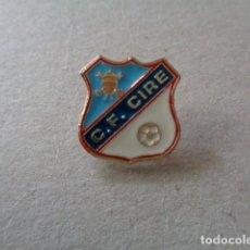 Coleccionismo deportivo: MELIDE. A CORUÑA. CF CIRE. PIN. Lote 101211055