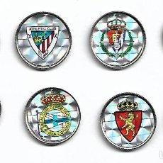 Coleccionismo deportivo: COLECCION DE PINS EQUIPOS DE FUTBOL VER FOTOS. Lote 102172859