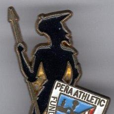Coleccionismo deportivo: PINS FUTBOL PEÑAS ATHLETIC PEÑA DE CIUDAD REAL. Lote 103610535