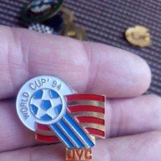 Coleccionismo deportivo: PIN INSIGNIA WORLD CUP 94 DEL MUNDIAL DEL FUTBOL USA 94. Lote 103770919